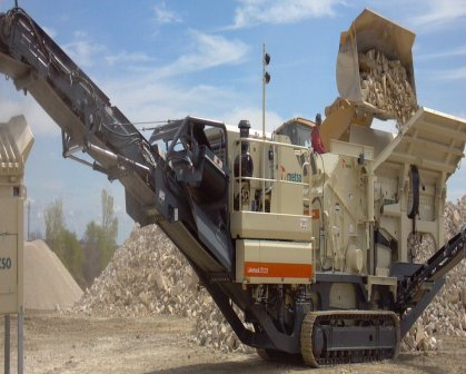 CSS CRUSHING EQUIPMENT